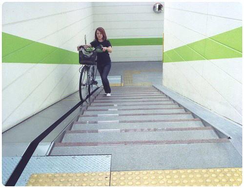 ... 名:久喜駅東口自転車駐車場